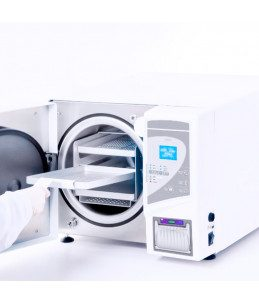 Autoclave per sterilizzare strumenti estetici